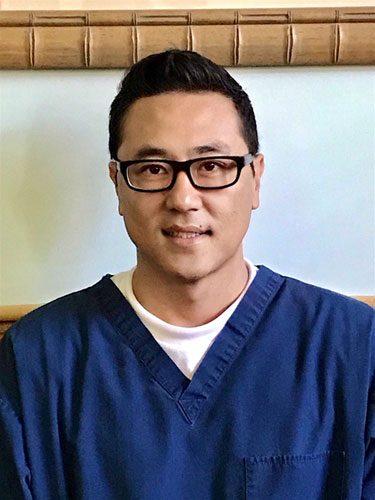 Dr Han Lee